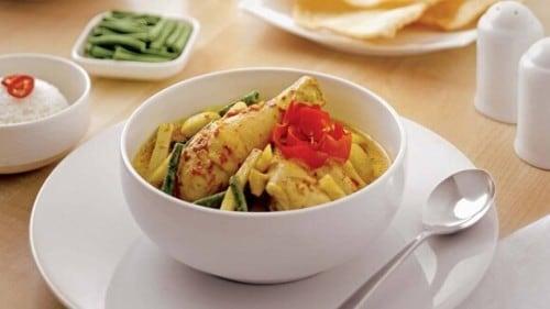 Ayam Gulai Rebung