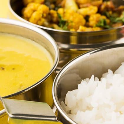 Menu serta Resep Bekal Makan Siang Sehat Terfavorit